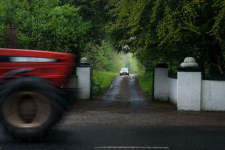 MI Gates Tractor